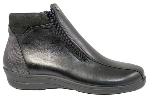 Mockasin Zipper Boot Black